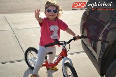 Đánh giá xe đạp cân bằng dành cho trẻ em - WOOM 1 3