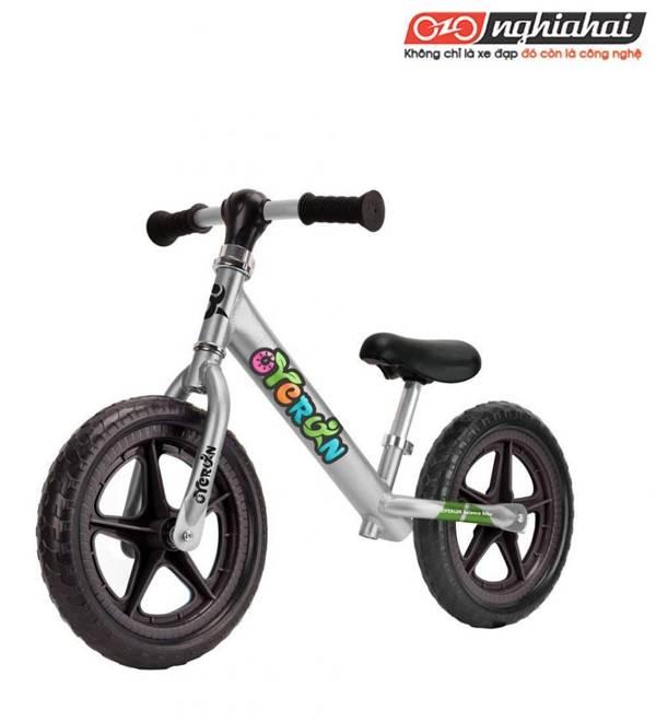 Đánh giá xe đạp cân bằng không bàn đạp cho trẻ em 3