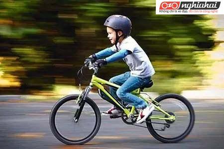 Xin trợ giúp! Con trai tôi muốn có xe đạp như món quà của ngày 16, có nên mua cho bé không 2