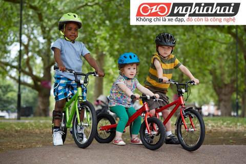 Tai nạn xe đạp trẻ em. Các tai nạn thường gặp khi cho trẻ tập xe 2