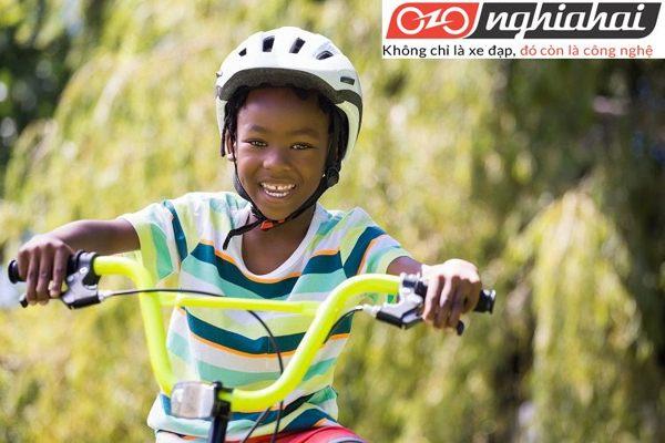 Chỉnh yên xe đạp trẻ em phù hợp cho bé 3