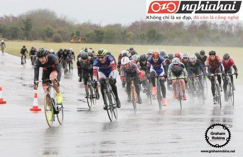 Lưu ý khi đạp xe đạp địa hình trong mưa 3