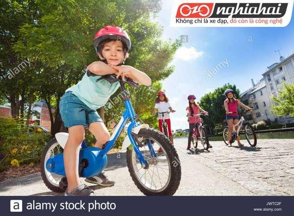 Dạy con hít thở đúng cách khi đạp xe 1