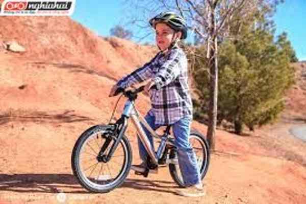 Cách chọn mũ bảo hiểm xe đạp cho bé 3