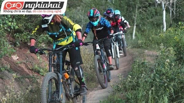 Găng tay xe đạp cho mọi địa hình Bontrager 2
