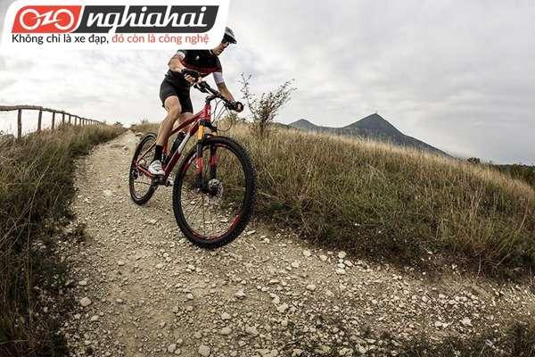 Làm quen với môn thể thao đạp xe leo núi 1