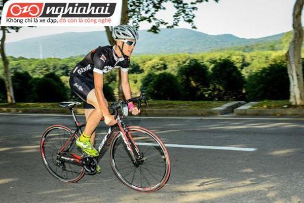 Làm quen với môn thể thao đạp xe leo núi 2
