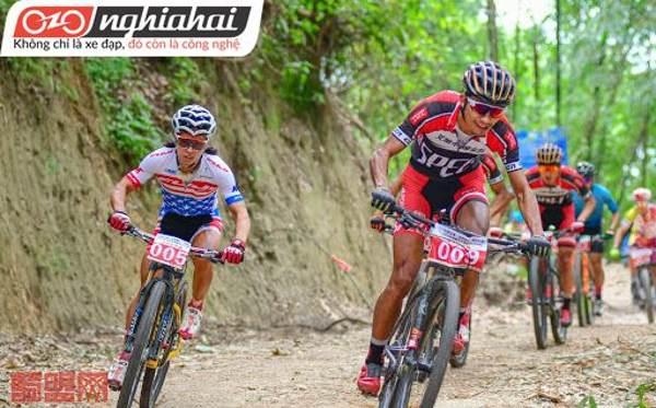 Làm quen với môn thể thao đạp xe leo núi 3