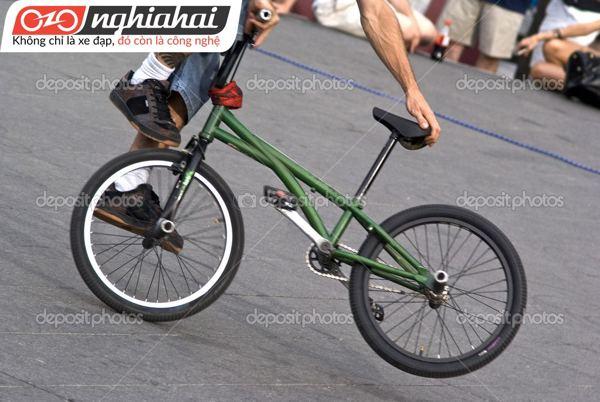 Thiết kế sáng tạo của lốp xe đạp leo núi 1