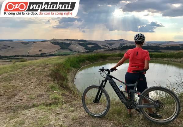 Xe đạp đường trường khung trần siêu nhẹ 2