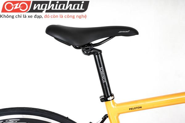 Xe đạp thể thao Peloton 4